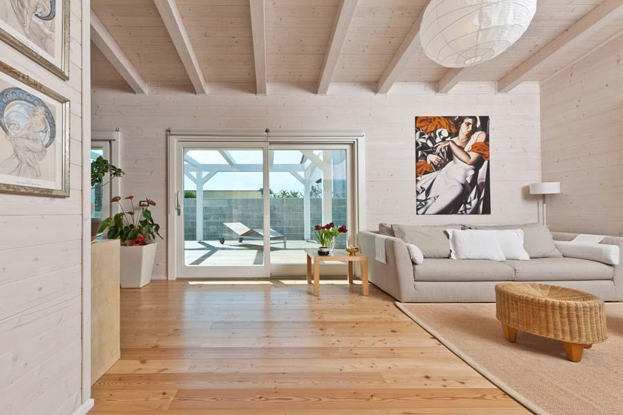 Rubner klimahouse puglia 14 for Casa moderna con tetto in legno