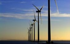 Rinnovabili: il caos normativo paralizza il mercato