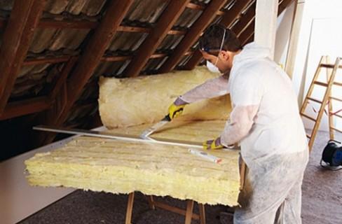 Isolamento degli edifici il tetto for Tettoia inclinata del tetto