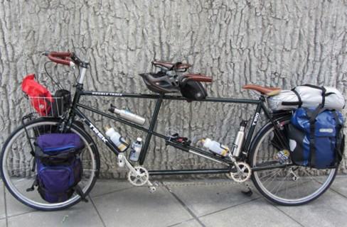 Ciclofficine Popolari: riunirsi intorno a una bici