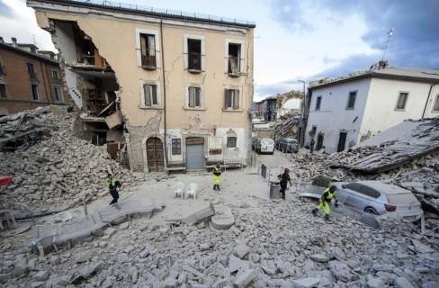 Terremoto, il legno per la ricostruzione
