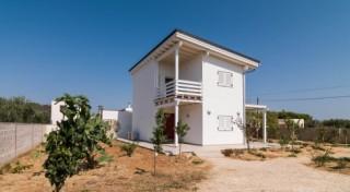 Come si vive in una casa in legno nel Salento? Il racconto di Nadia