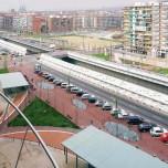 Figura 2 –Barcellona, Gran Via de les Corts Catalanes. L'opera di Carmen Fiol e Andreu Arriola, persuade a pensare il recupero di un boulevard come occasione per dare un nuovo valore a un panorama urbano; foto di Beat Marugg; da www.e-architect.co.uk