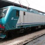 Trenitalia_Class_464_No_464-674_(8614793194)